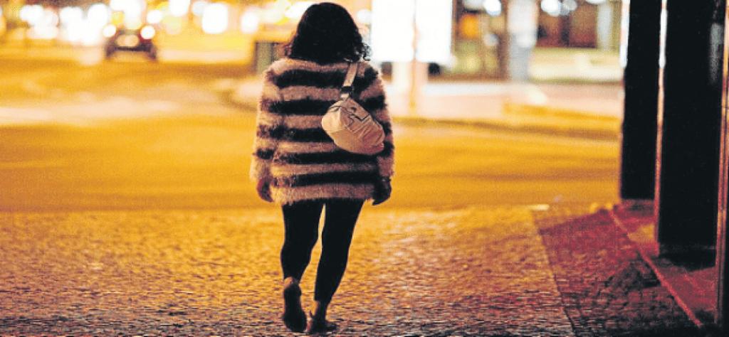 Prostituição em Angola em alta no Whatsapp