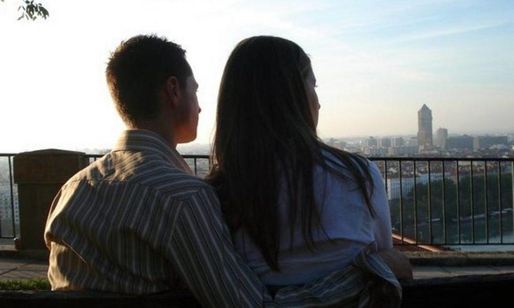 Um em cada dez rapazes de até 25 anos tem dificuldades com relações sexuais