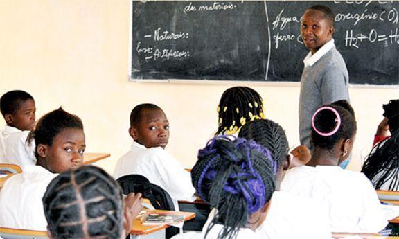Prioridade para os formados em Pedagogia