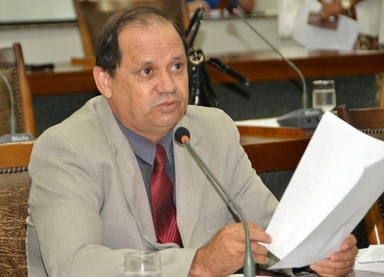 Eli Borges apresenta projeto de lei para classificar exposições de arte no Tocantins