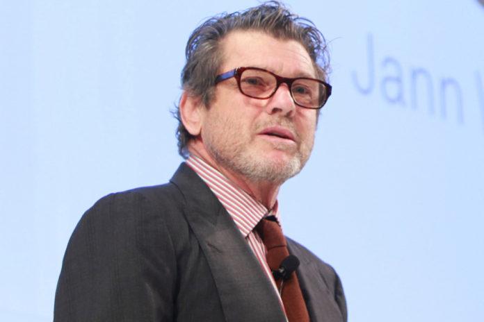 Fundador e presidente da revista Rolling Stone é acusado de abuso sexual por jornalista