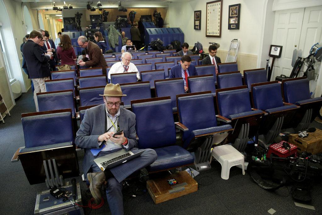 NY Times suspende correspondente da Casa Branca acusado de assédio sexual