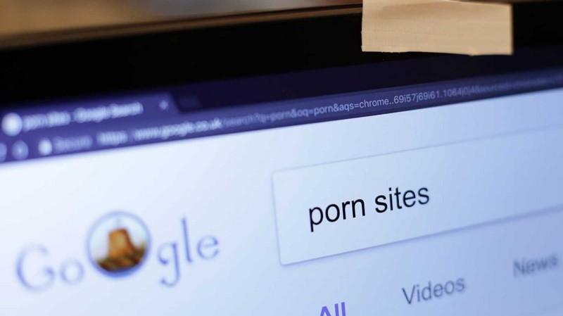 Somos uma nação de viciados por pornografia. Por que somos surpreendidos pelos abusadores em nosso meio?