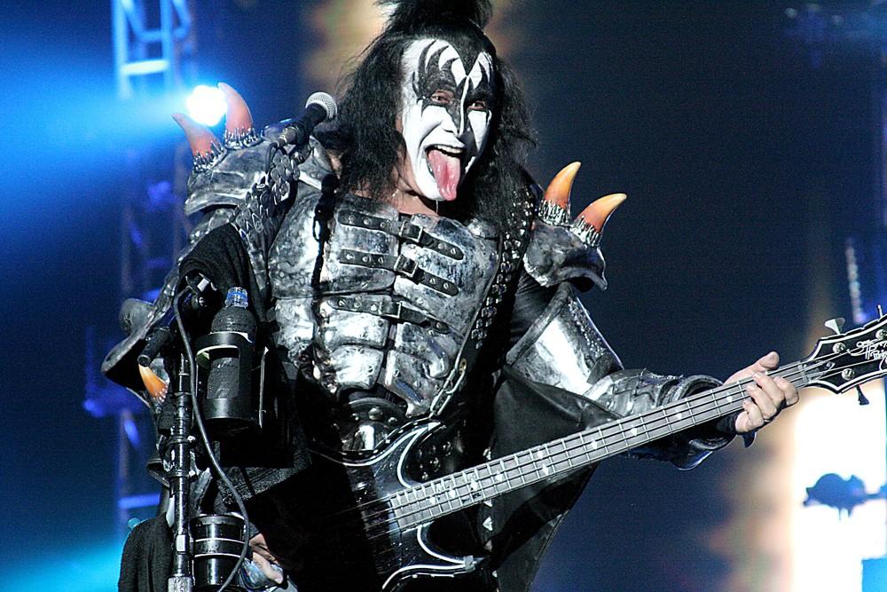 Gene Simmons, do Kiss, é processado por assédio sexual durante entrevista, diz site