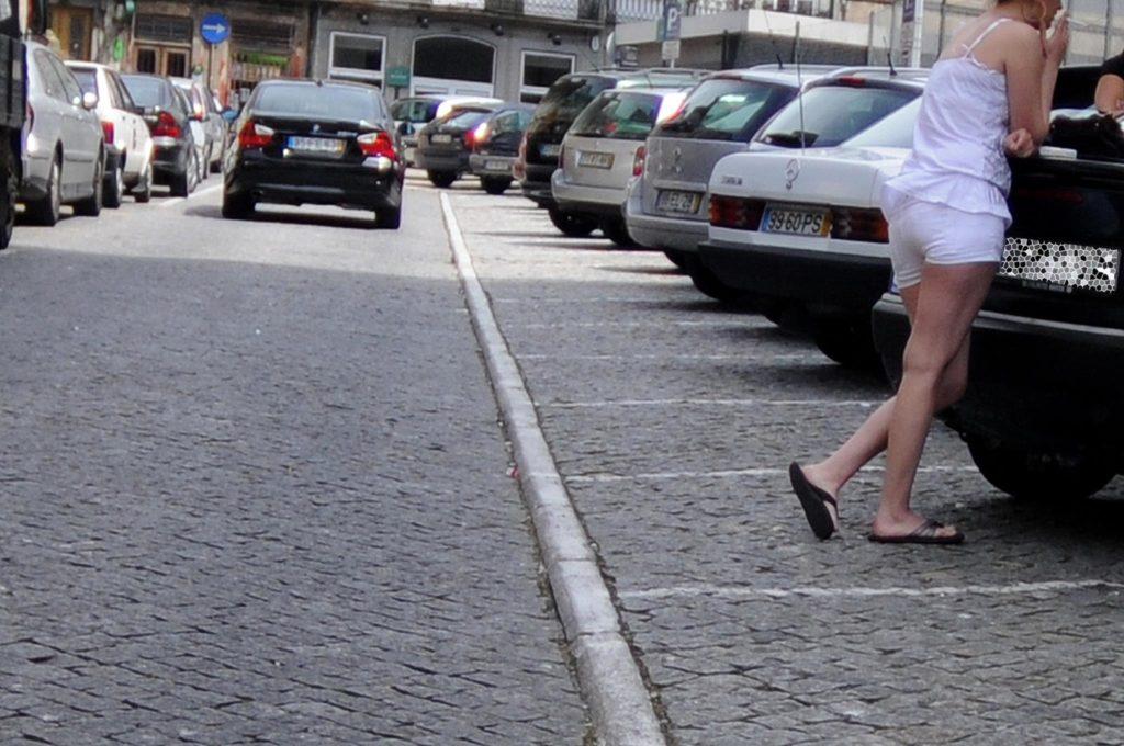 """Regulamentar a prostituição: uma """"armadilha para as mulheres"""""""