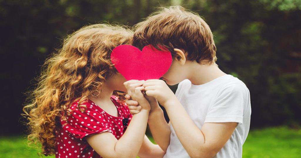 Campanha contra o incentivo ao namoro entre crianças no Amazonas vira alerta para todo o Brasil