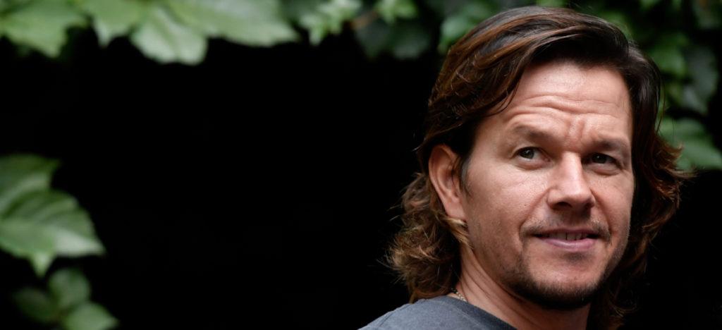 Ator Mark Wahlberg pede perdão a Deus por um de seus papéis mais polêmicos