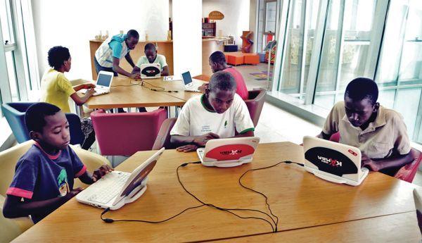 Unicef alerta para perigos na utilização da Internet