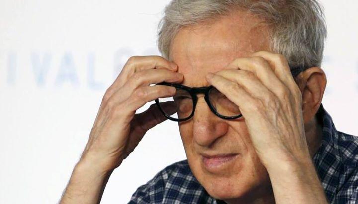 Mira Sorvino escreve carta de apoio à filha de Woody Allen